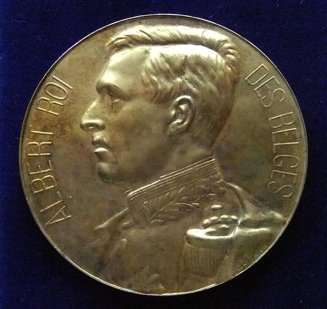 MEDAILLE ALBERT EXPOSITION INTERNATIONALE 1924 AVERS 640.JPG
